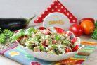 Салат с жареными баклажанами и свежими помидорами