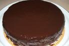 Вкусный торт с творожным кремом