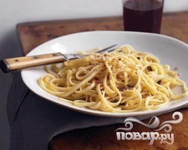 Рецепт  Паста с чесноком и панировочными сухарями