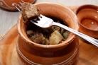Картофель в горшочках со свининой