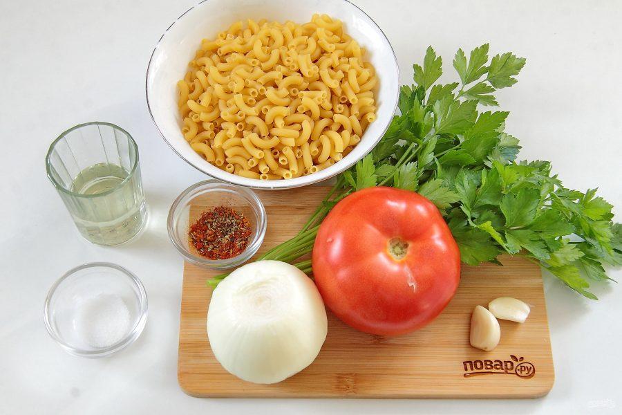 Макароны, тушеные в сковороде