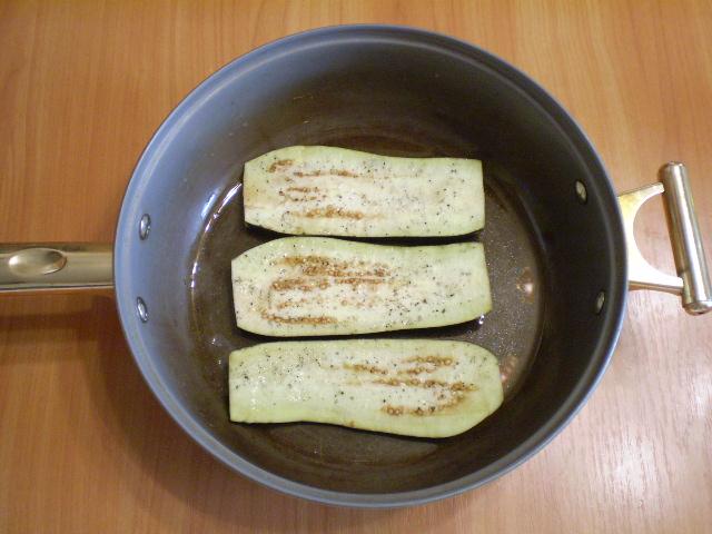 Жареные баклажаны с начинкой