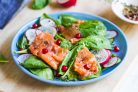 Пасхальный салат с лососем