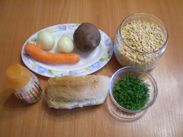 Гороховый суп с сухариками