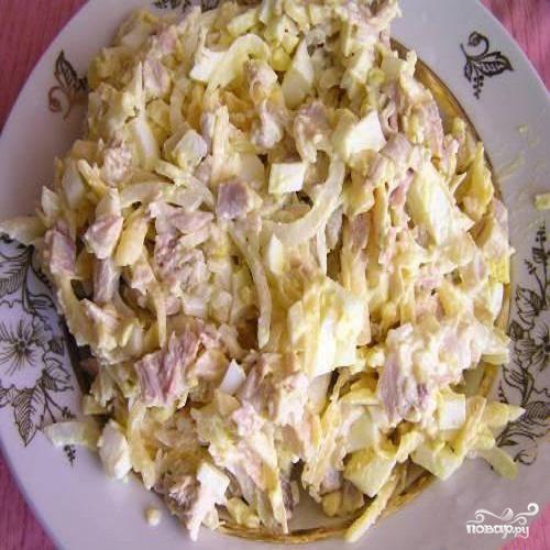 Салат из курицы копч