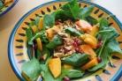 Салат с хурмой и орехами