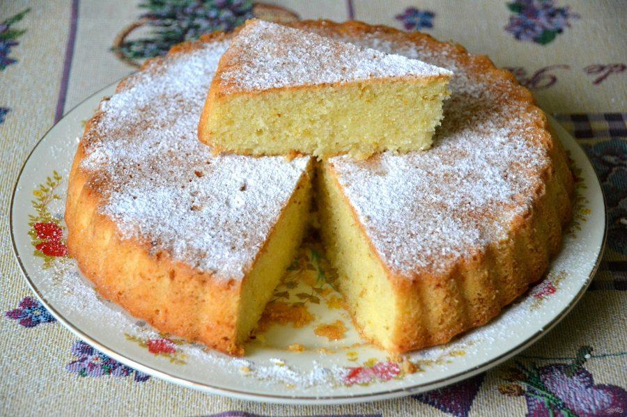 Сладкий пирог на манке