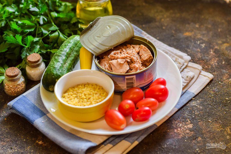 Салат с булгуром и тунцом