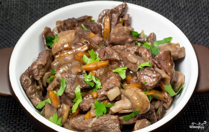 Тушение говядины в мультиварке Редмонд и Поларис - рецепты ...