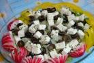 Cалат с фетой и оливками