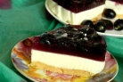 Торт с ягодами и желатином