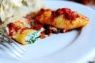 Макароны Ракушки с сыром и томатным соусом