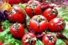 Малосольные помидоры с чесноком и зеленью