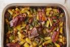 Запеченные свиные ребрышки с овощами