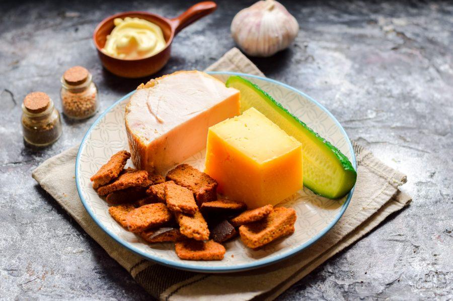 Ингредиенты для быстрого салата с ветчиной