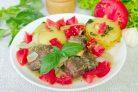 Баранина маринованная и запеченная в рукаве с овощами
