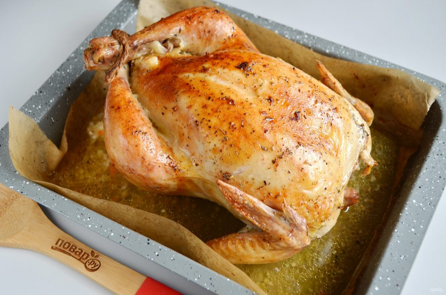 Курица, фаршированная капустой