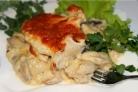 Куриное филе под соусом в духовке
