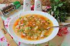 Рисовый суп с колбасой