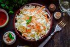 Салат с пекинской капустой и дайконом