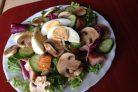 Салат из куриной грудки с грибами
