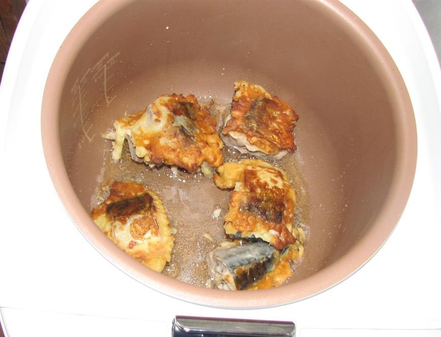 Рыба в кляре в мультиварке