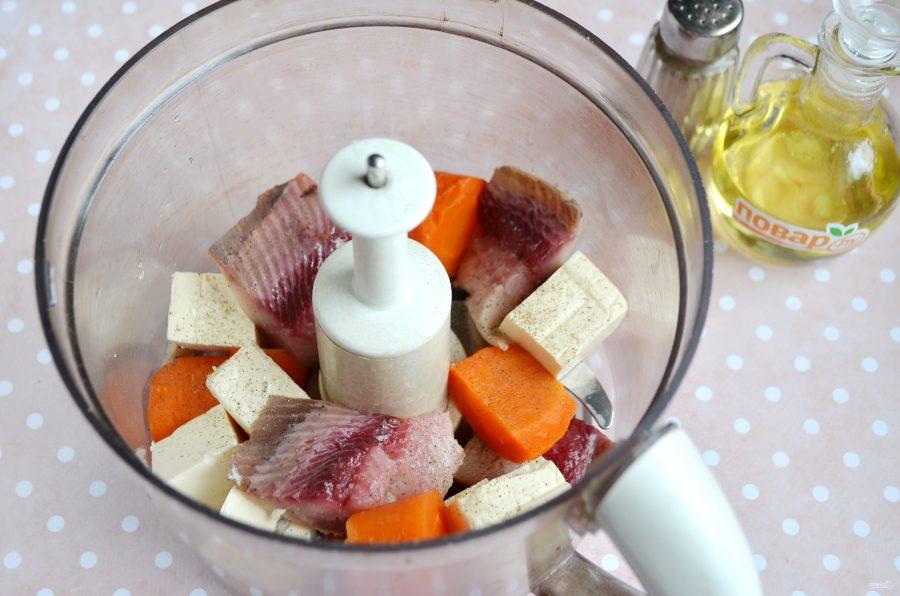 Паштет из сельди, моркови и сыра