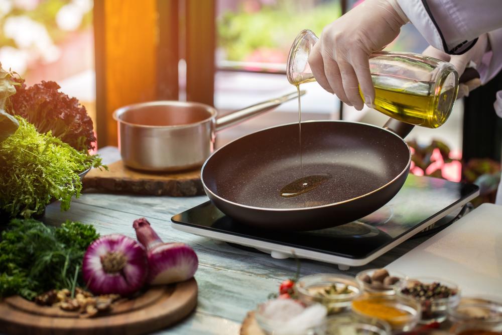 Стейк можно жарить на сковороде