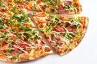Пицца с капустой и колбасой
