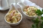 Салат с ветчиной в креманках