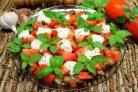 Закуска из баклажан, с помидорами и чесночным соусом