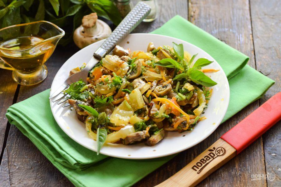 Салат с кинзой и грибами