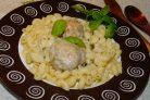 Тефтели в белом соусе с чесноком и базиликом