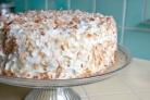 Кокосовый торт со сливочной начинкой
