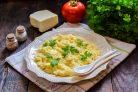Макароны с сыром и яйцом в микроволновке