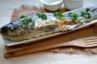 Рыба, запеченная под соусом в духовке