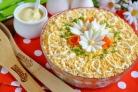 Слоеный салат Пчёлкин