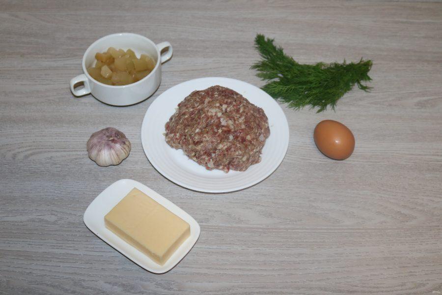 Мясной рулет с ананасами