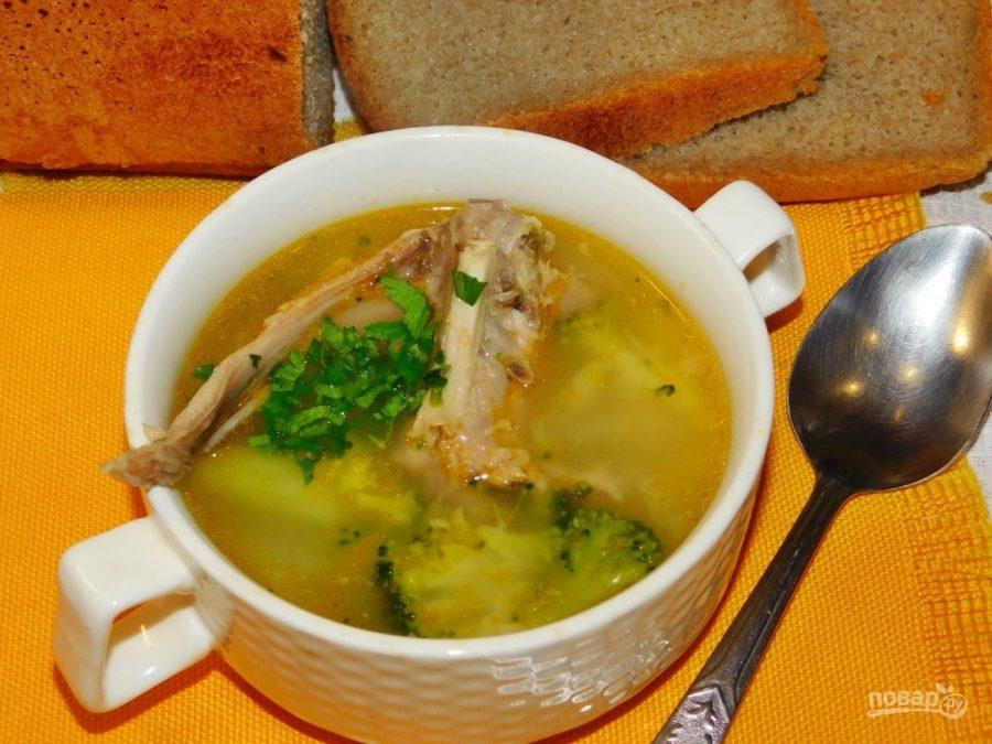 Суп из кролика с брокколи