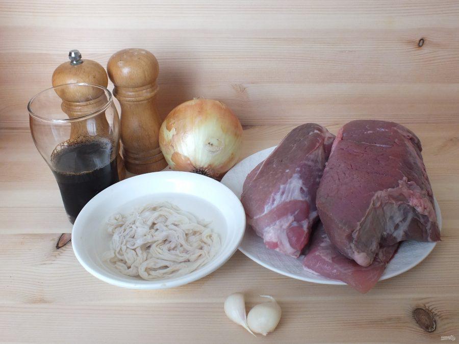 Колбаски на мангале
