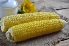 Кукуруза, запеченная в фольге на мангале