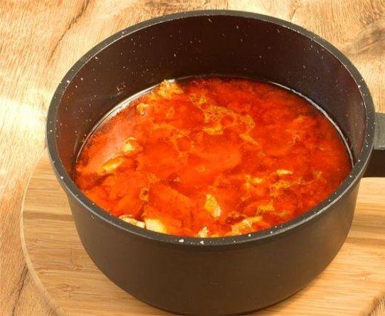 Свинина в томатном соусе