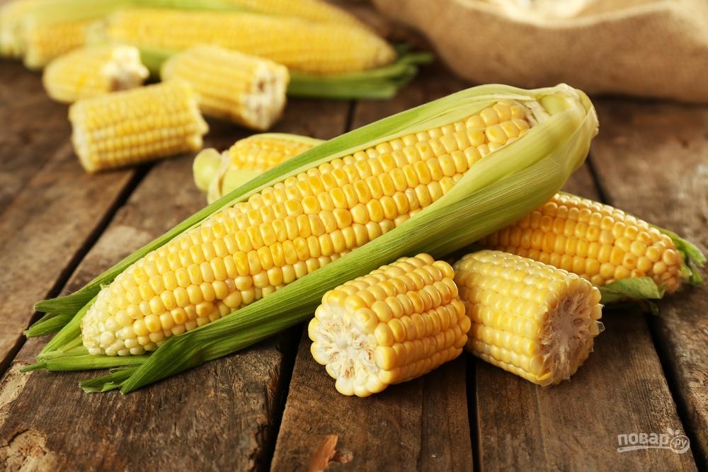 Початки свежей кукурузы