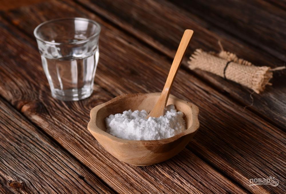 Сода чистит накипь