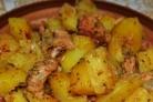 Картошка в горшочках с мясом