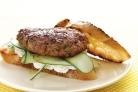 Бургер с бараниной, огурцом и соусом