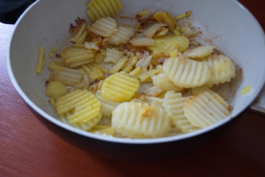Картофельное рагу с мясом