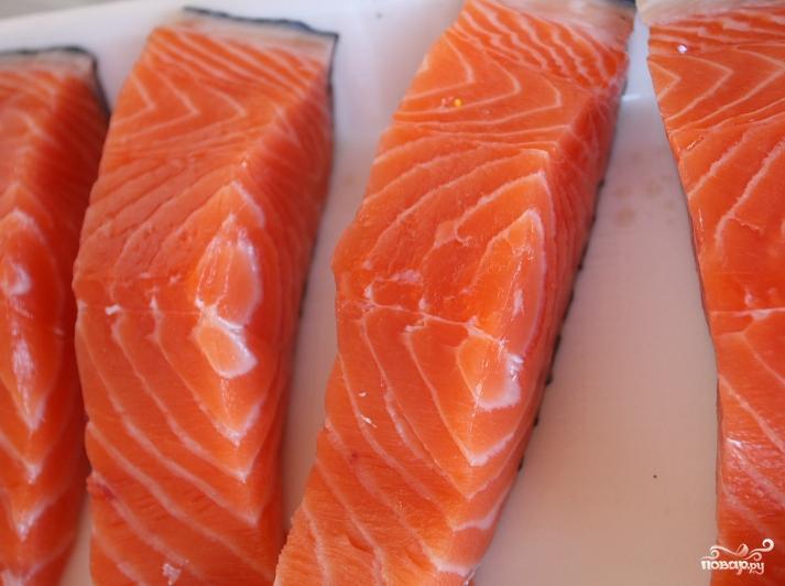 Красная рыба в сливочном соусе в духовке