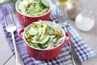 Постный салат с горошком