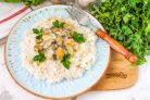 Рис с мидиями в сливочном соусе